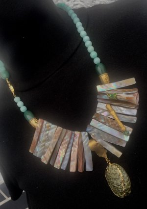 Shell Necklace multicolored