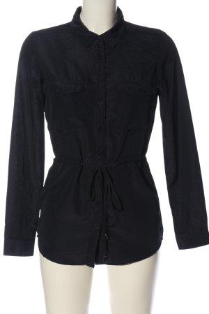 Colloseum Vestido camisero negro look casual