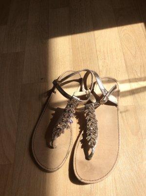 Colloseum Flip-Flop Sandals gold-colored-nude