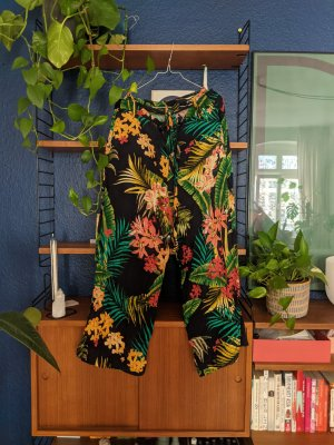 Colorful summer pants