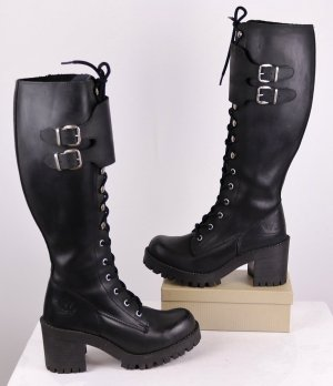 Gothic Boots black leather