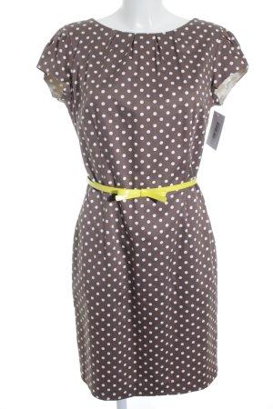 COMMA, Kleid mit braun-weiß Punkte Muster mit Gelbem Gürtel