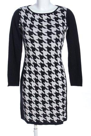 Comma Abito di maglia nero-bianco motivo grafico stile professionale