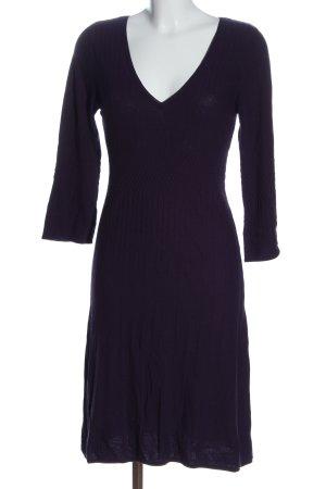 Comma Vestido tejido lila look casual