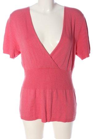 Comma Camisa tejida rosa look casual