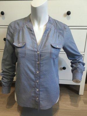 Comptoir des cotonniers Bluse blau mit roten Fäden Frühling
