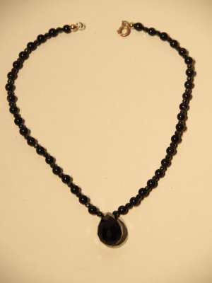 Collana di perle nero-grigio scuro