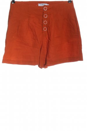 conbipel Pantalón corto de talle alto rojo look casual