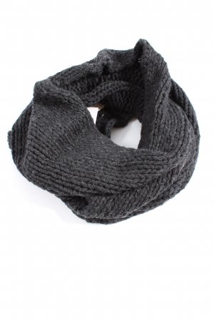 Connemara Tube Scarf light grey cable stitch casual look