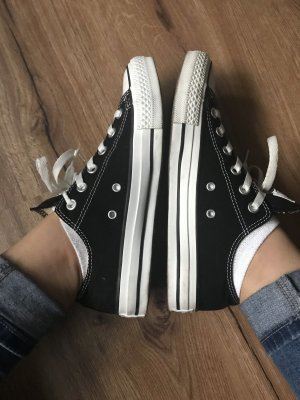 Converse Lace-Up Sneaker black