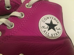 Converse Lace-Up Sneaker violet leather