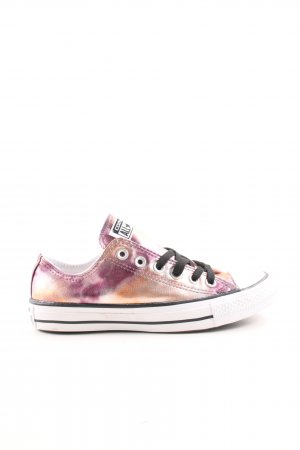 Converse High Top Sneaker color gradient casual look