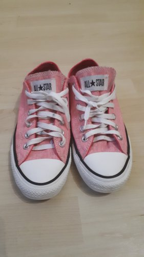 Converse Pink in Grösse 39.
