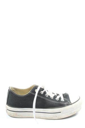Converse Plateausneaker schwarz-weiß Casual-Look