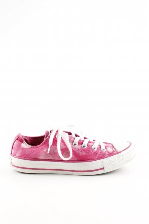 Converse Lace-Up Sneaker red-white color gradient casual look