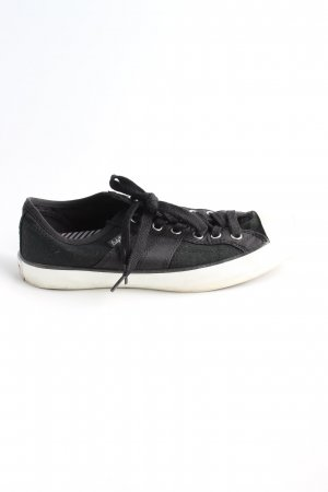 Converse Schnürsneaker schwarz-wollweiß sportlicher Stil