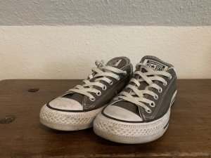 Converse Lace-Up Sneaker khaki