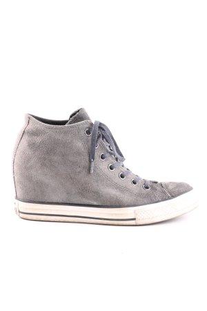 Converse Wedge Sneaker light grey casual look
