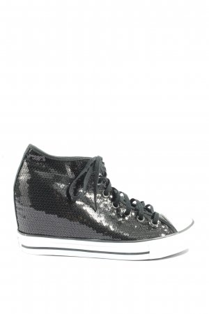 Converse Wedge Sneaker black-white casual look