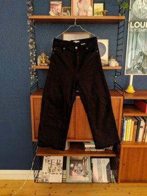 Cool black crop high waist jeans