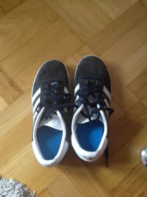Coole Adidas Sneaker ,
