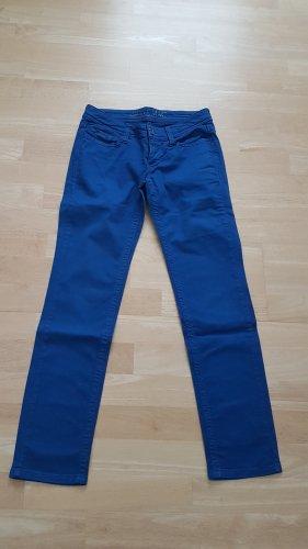 Coole blaue Hose von MAC