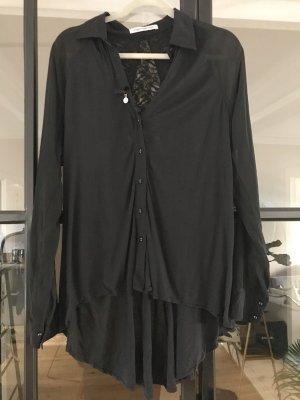 Coole Bluse von Fornarina mit tollem Rückendetail.