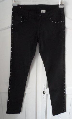 coole H&M Stretch Hose Gr. 40 Schwarz mir Nieten wenig getragen