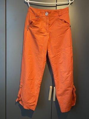 Coole Hose in tollem Sommer-Orange