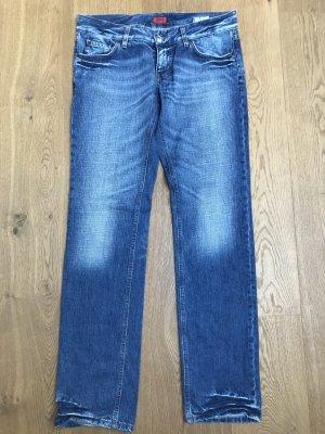 coole HUGO Jeans, ungetragen, tolles Indigo-Blau, Größe 30/34