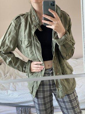 Coole Jacke im Army Style