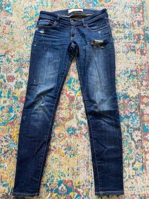 Abercrombie & Fitch Jeans a sigaretta blu scuro