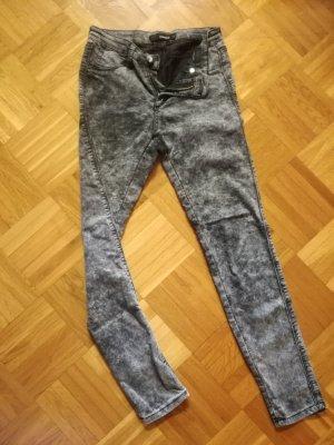 Coole Jeans in Grau