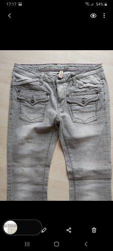 coole Jeans in grau # VERO MODA # D 42/34