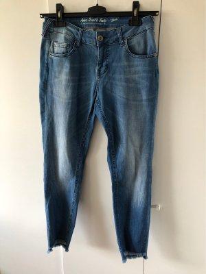 ATT Jeans Spodnie 7/8 chabrowy-błękitny
