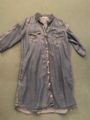 Coole Jeanskleid mit Gürtel
