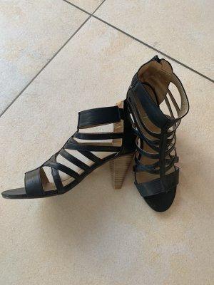 Coole Riemchen-Sandalen schwarz