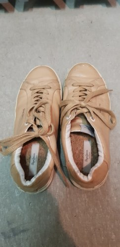 Coole Sneaker von Pepe Jeans in nude
