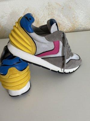 Coole Sneaker von Voile Blanche in hervorragendem Zustand - Grösse 37