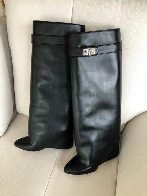 Coole Stiefeln von Givenchy, Größe 36