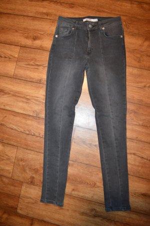 Nakd Jeans a sigaretta grigio scuro