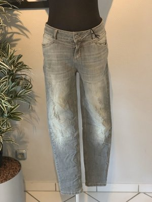 Coole Strechjeans Destroyed Look Gr L *neu*