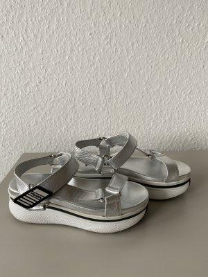 Coole Tracking Sandale von Prada in Silber