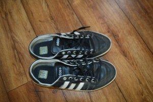 Coole Turnschuhe Gr. 39 adidas getragen