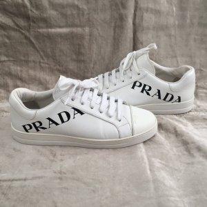 Coole weiße Leder Schnür PRADA Sneaker