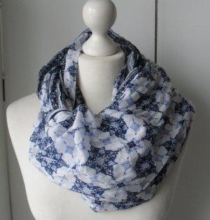 cooler Loop Schal aus Baumwolle Weiß Blau