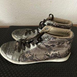 Instapsneakers bruin-room