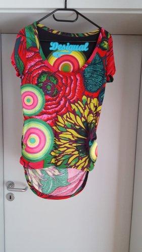 Cooles Desigual Shirt mit Blumenprint und Mandalas