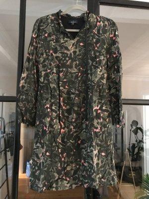 Cooles Kleid mit tollem Muster von Daniel Hechter.
