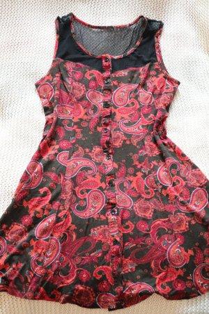 Cooles Kleid von Urban Outfiters